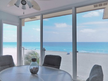 Siesta Key Beachfront Lanai with Million Dollar View