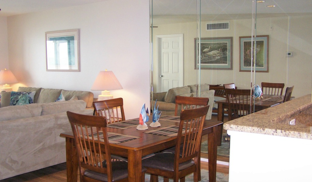 Siesta key dining room with direct gulf view beachfront siesta key condo rental - Dining rooms direct ...