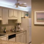 Well-equipped kitchen with full size appliances and direct Gulf view